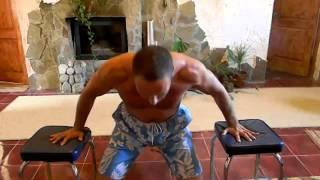 Как накачать грудь быстро и эффективно(качаем грудь http://fitseven.ru/nakachat-myshtsy/basovaya-programma., 2013-01-08T20:40:03.000Z)