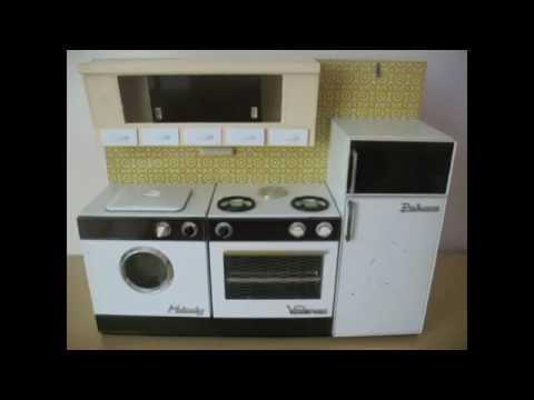 Cucina giocattolo marchesini per bambole in latta anni 70 for Cucina giocattolo fai da te