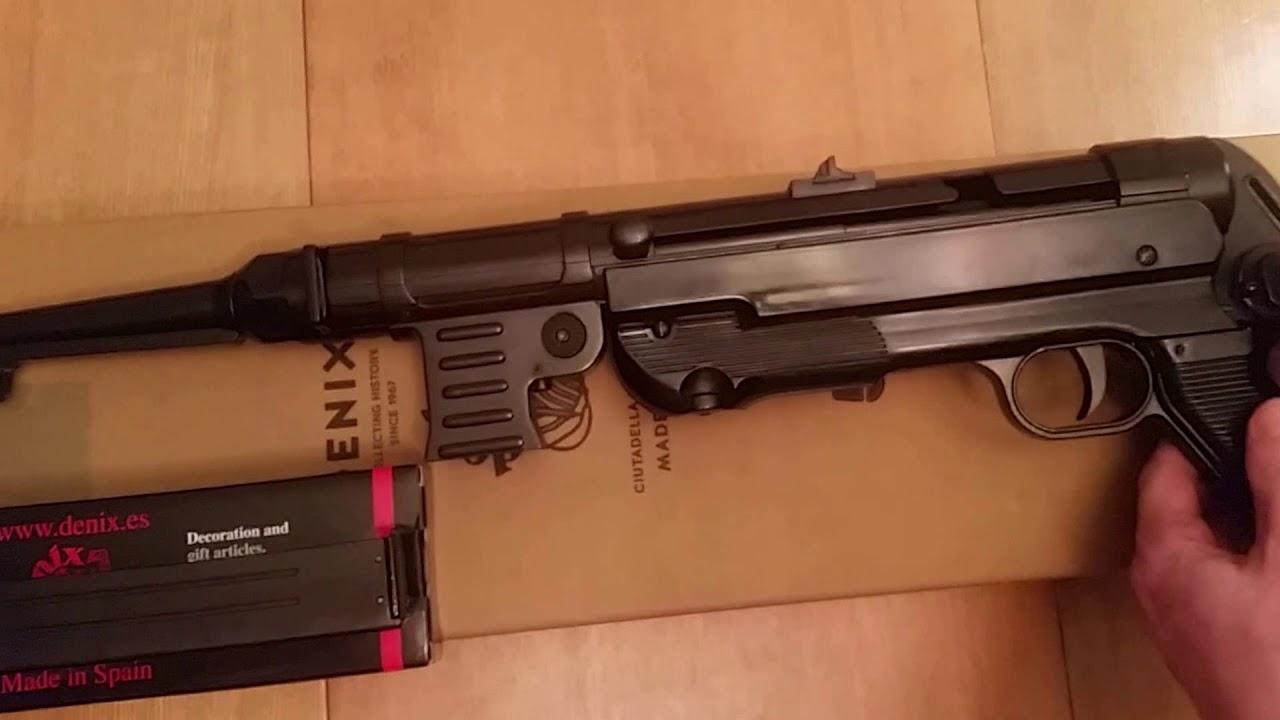 Tania Пистолет-пулемет MP.40.mp4 2012 Kiev UA - YouTube