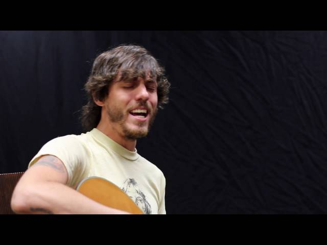 chris-janson-when-im-holding-her-live-acoustic-973-the-dawg