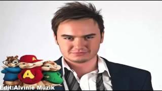 Mustafa Ceceli İlle De Aşk Alvin Ve Sincaplar