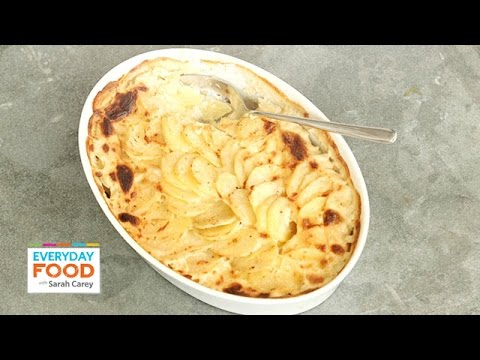 Simple Scalloped Potatoes - Everyday Food with Sarah Carey