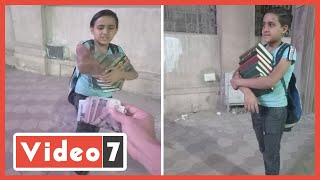طفل مصرى بيبيع مصاحف لليبى عرض عليه 1000 جنيه حسنة: مبشحتش على كلام ربنا