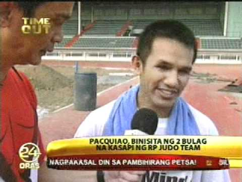 MANNY PACQUIAO Trains at RIZAL MEMORIAL STADIUM (MARGARITO Fight) - Oct. 11, 2010