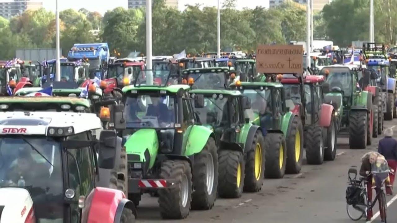 Download TRECKER-DEMO: Bauernproteste gegen Agrarpläne der Bundesregierung