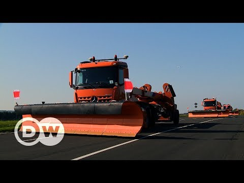 Mercedes' New Technology Automates Snow Removal On Airport Runways. | DW English