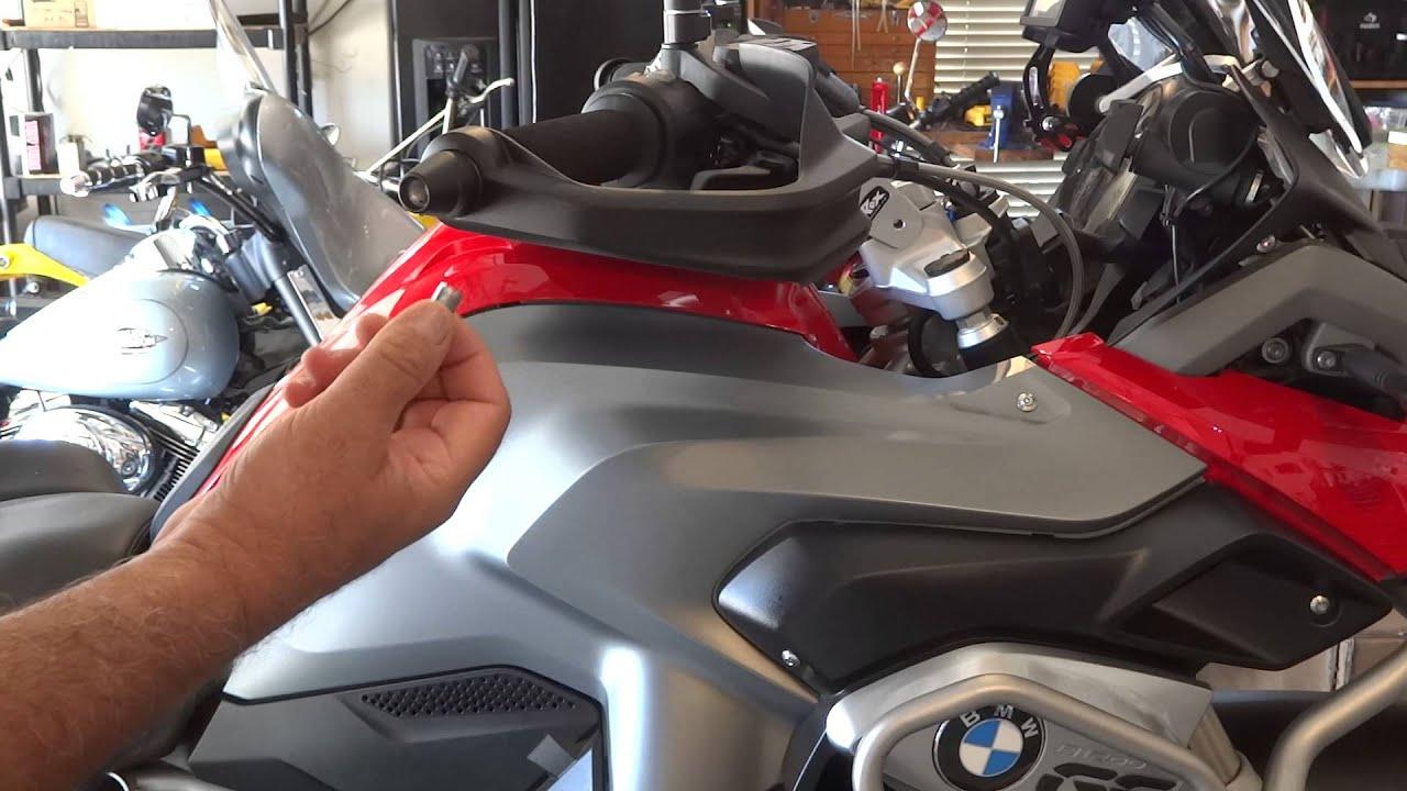 lidlox grip tip helmet lock installation on a bmw r1200 gs - youtube
