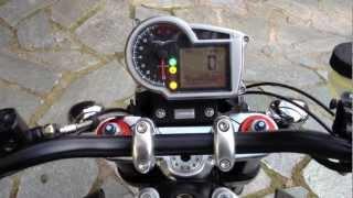 Moto Guzzi Griso SE con scarico gpr