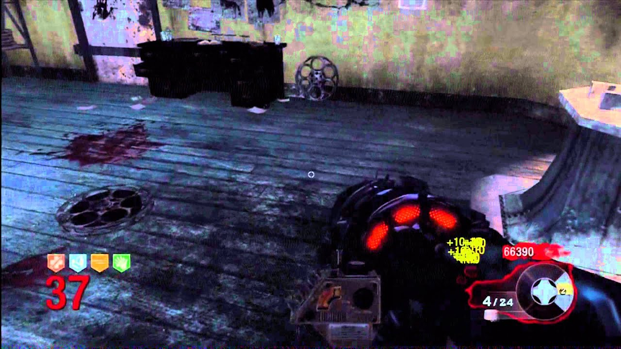 Download Elena Siegman 115: Kino Der toten round 37 gameplay
