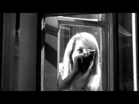 Repulsion (1965) - Madness
