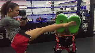 Surprenante Jade en Boxe Thai à ATLAS LION de Marrakech 2018
