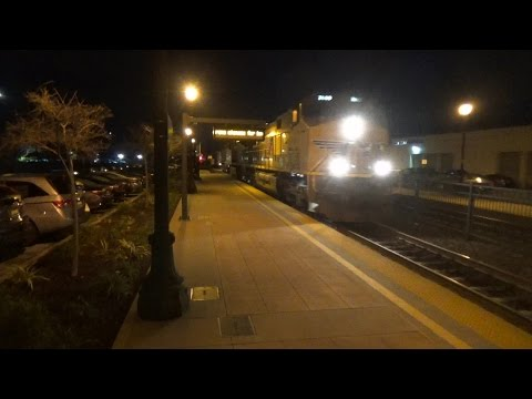 !!MUST MUST SEE!! Railfaning Burlingame on 1/13/2017, Featuring UP#9992, a UP Dirty Dirt, and MORE!!