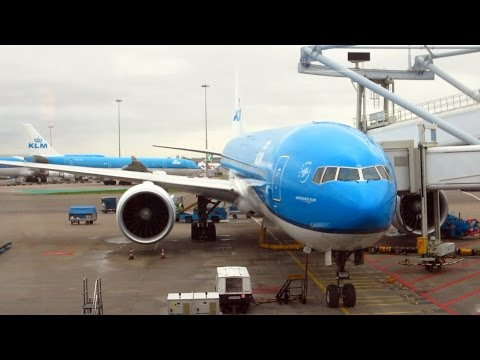 KLM Boeing 777-300ER takeoff from Amsterdam + rough landing at São Paulo Guarulhos