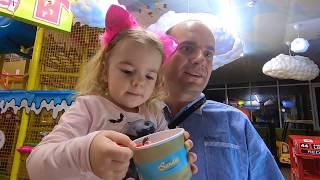 5 vloggeri la teren de joaca | Anabell Show| Bogdan Show |Jasmina Show | Melly Karamely