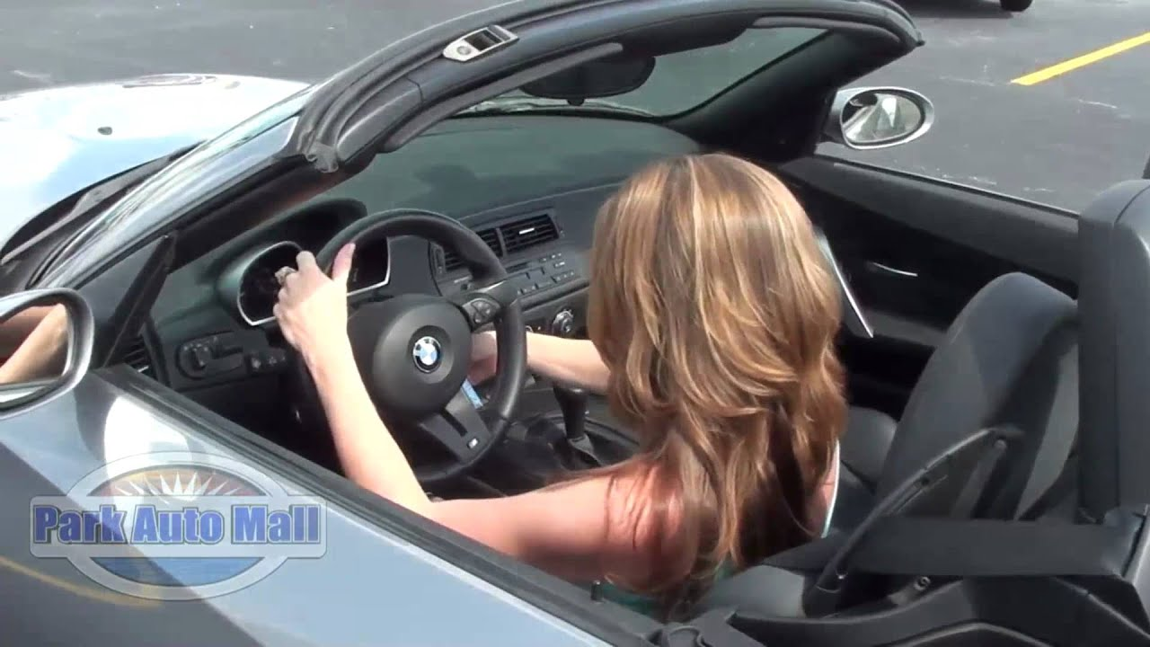 Naked Women Driving Cars - Porn Gallery