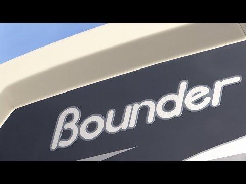 GeneralRV.com | 2017 Fleetwood Bounder 35KLX