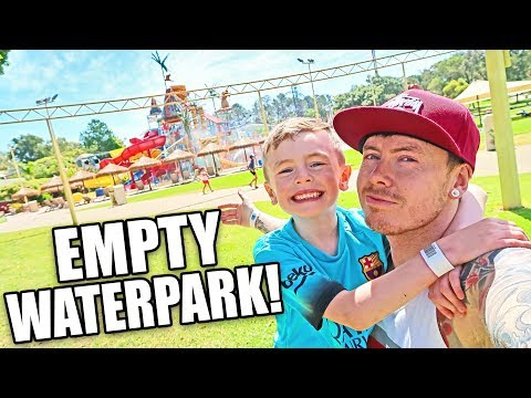 Adventure World, WA - THE PARK WAS ALL OURS!! YEEE-HAAA!