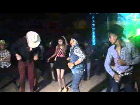 Peleas En Baile De Grupo Legitimo En Laguna De San Vicente, Villa De Reyes, S.L.P. NOV. 2015