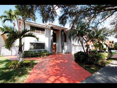 7941 NW 169 Terrace, Miami Lakes, FL 33016