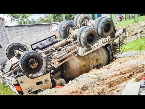 Ready Mix Concrete Mixer Truck Accident Heavy Recovery