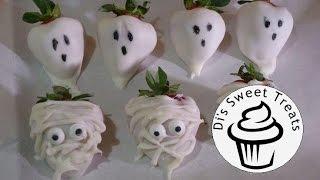 Ghost & Mummy Chocolate Covered Strawberries- #13nightsofhalloweenbaking Day 10