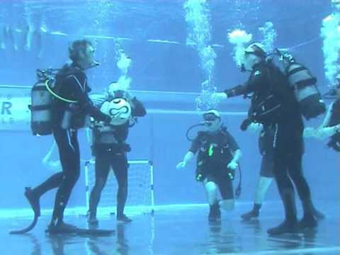 Unterwasser Fußball Österreich Deutschland - Underwater Football