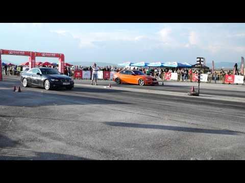 BMW 335i vs BMW 335d Drag Race