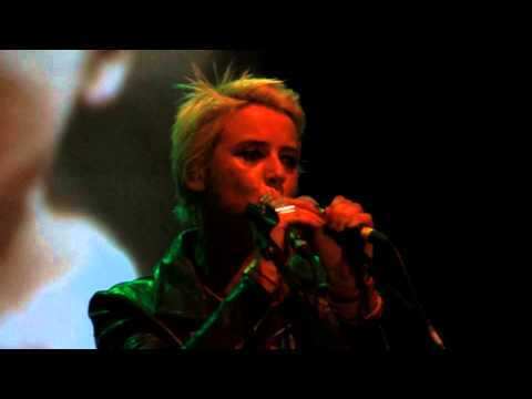 Cat Power - Human Being (Live @ Carroponte, Sesto S. Giovanni,  July 7th 2013)