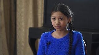 Будущее музыки: 12-летняя бишкекчанка за 4 года научилась играть на 4 народных инструментах.