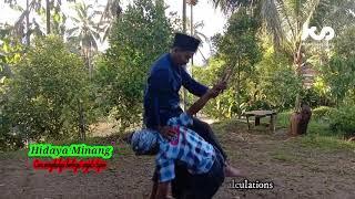 Techniques of facing sharp weapons. silek Minangkabau