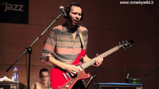 "Paul Gilbert Clinic part 7 - ""extract of Blue Rondo A La Turk"""