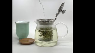 How to brew green tea in a glass teapot