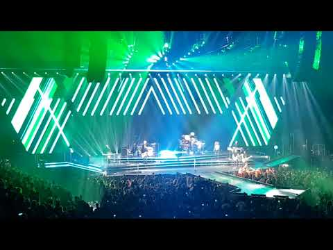 Enrique Iglesias Live at Centre Bell, 2017-10