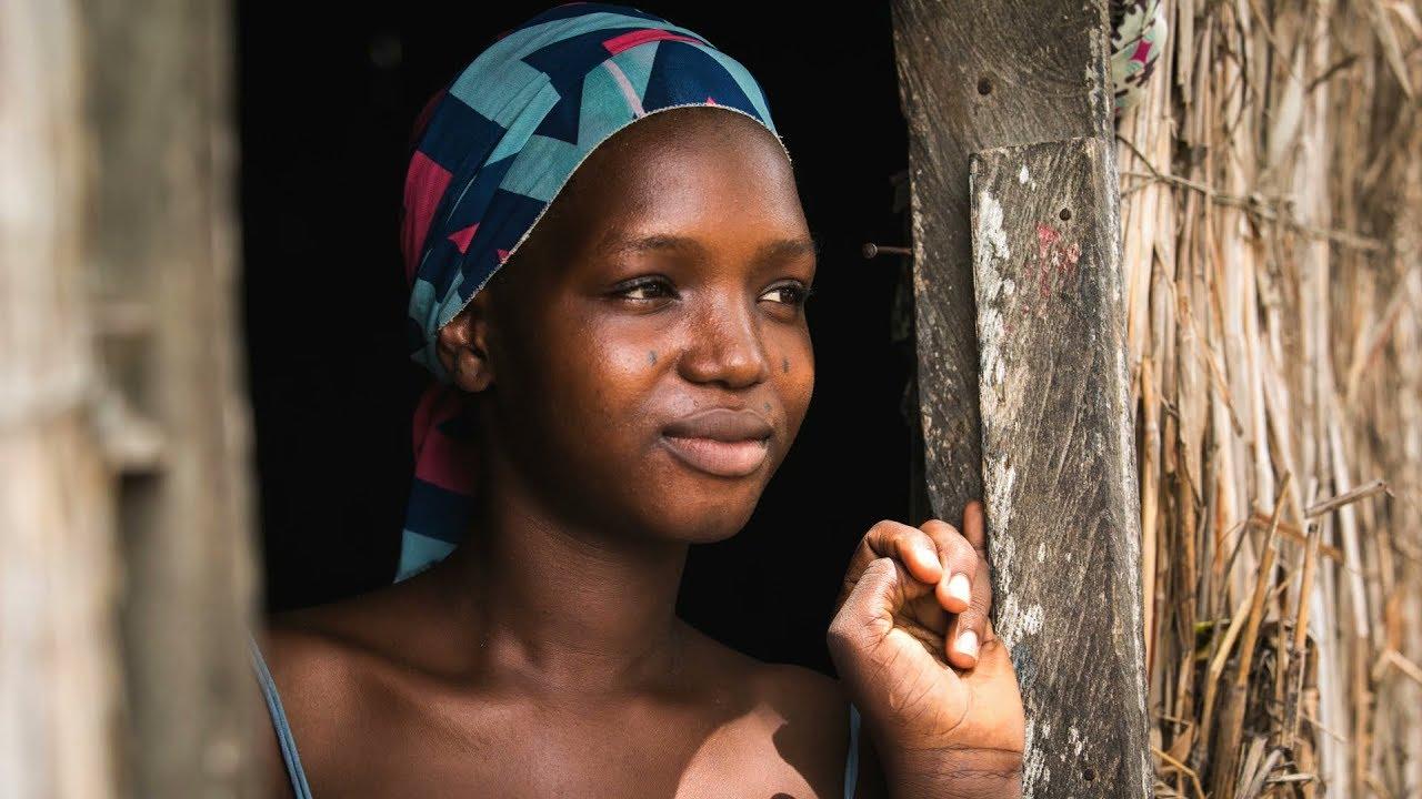 Pourquoi investir dans l'autonomisation des femmes et des filles en  Afrique? - YouTube