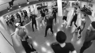 EXO Growl Dance to Sia Chandelier