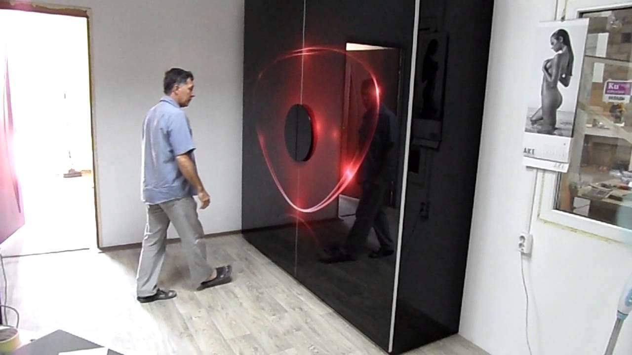 Наш интернет-магазин предлагает купить угловой радиусный шкаф купе. Предлагает радиусные шкафы-купе с бесплатной доставкой по москве.