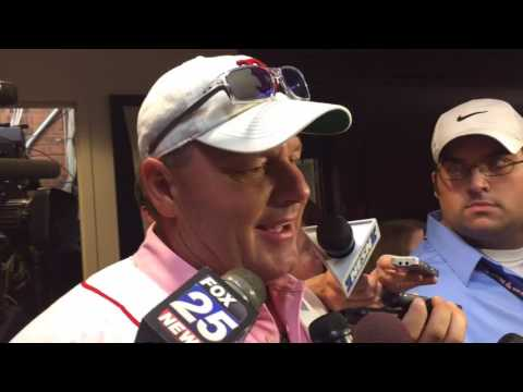 Roger Clemens returns for 30th anniversary of 1986 Red Sox team: 'It's home for me' (video)