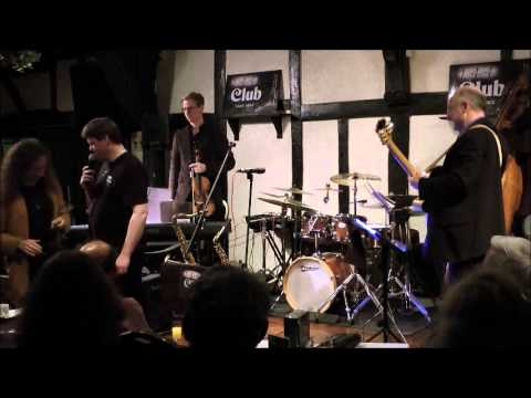 World's Greatest Jazz Musician Benny Goodman, Roan Kearsey-Lawson UK jazz Vibes Players