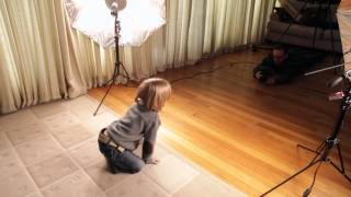 Children's Portraits with the Photoflex First Studio Kit(Photoflex Pro Showcase Photographer Trevor Sherwin shows you 3 simple yet effective lighting setups you can do right in your home with the Photoflex First ..., 2014-02-18T04:55:36.000Z)