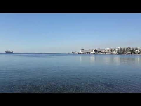 Эйлат. Утро. Прозрачное Красное море.
