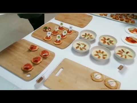 El CIFP Carlos Oroza ofrece un bufé con denominación de origen