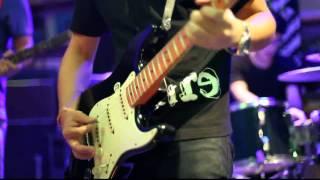 aire - Dondurma トルコアイス live at U are here platform. 25 Video ...