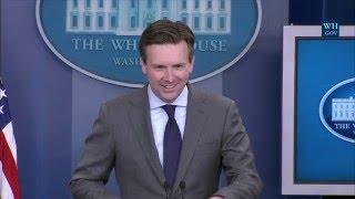 04/27/16: White House Press Briefing