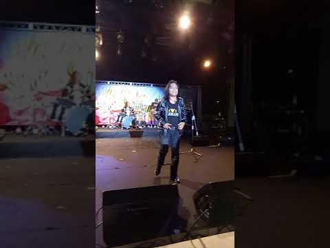 Utopia live Disini Pasti/Maafkan Aku at Panggung Anniversari KL 23/12/17