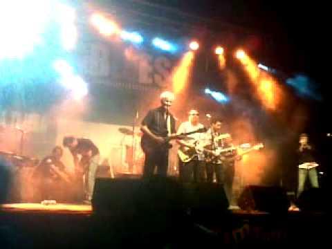 Blues en Sevilla. Otis Grand, Kid Carlos y Tonky de la Peña juntos en un final apoteósico.