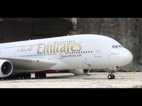 Revell Airbus A380 Emirates LED assembly