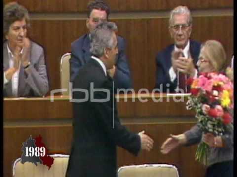 Erich Honecker steps down, October 18, 1989