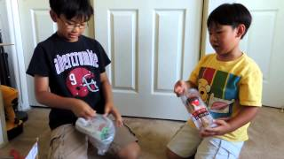 Green and Red with One Black Stripe Kendama Unboxing