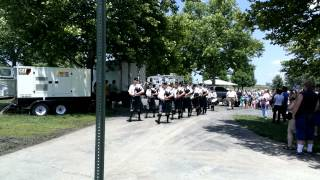 Kansas City Celtic Pipes & Drums - March Past