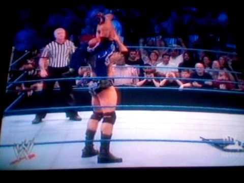 WWE Smackdown 12/11/09- Batista vs Rey Mysterio ...
